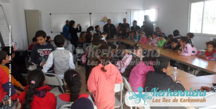 Salle polyvalente journée santé décembre 2015 l'École Primaire centenaire de Ouled Yaneg