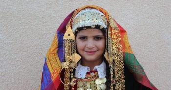 Portrait kerkennien de la tenue de mariage traditionnelle