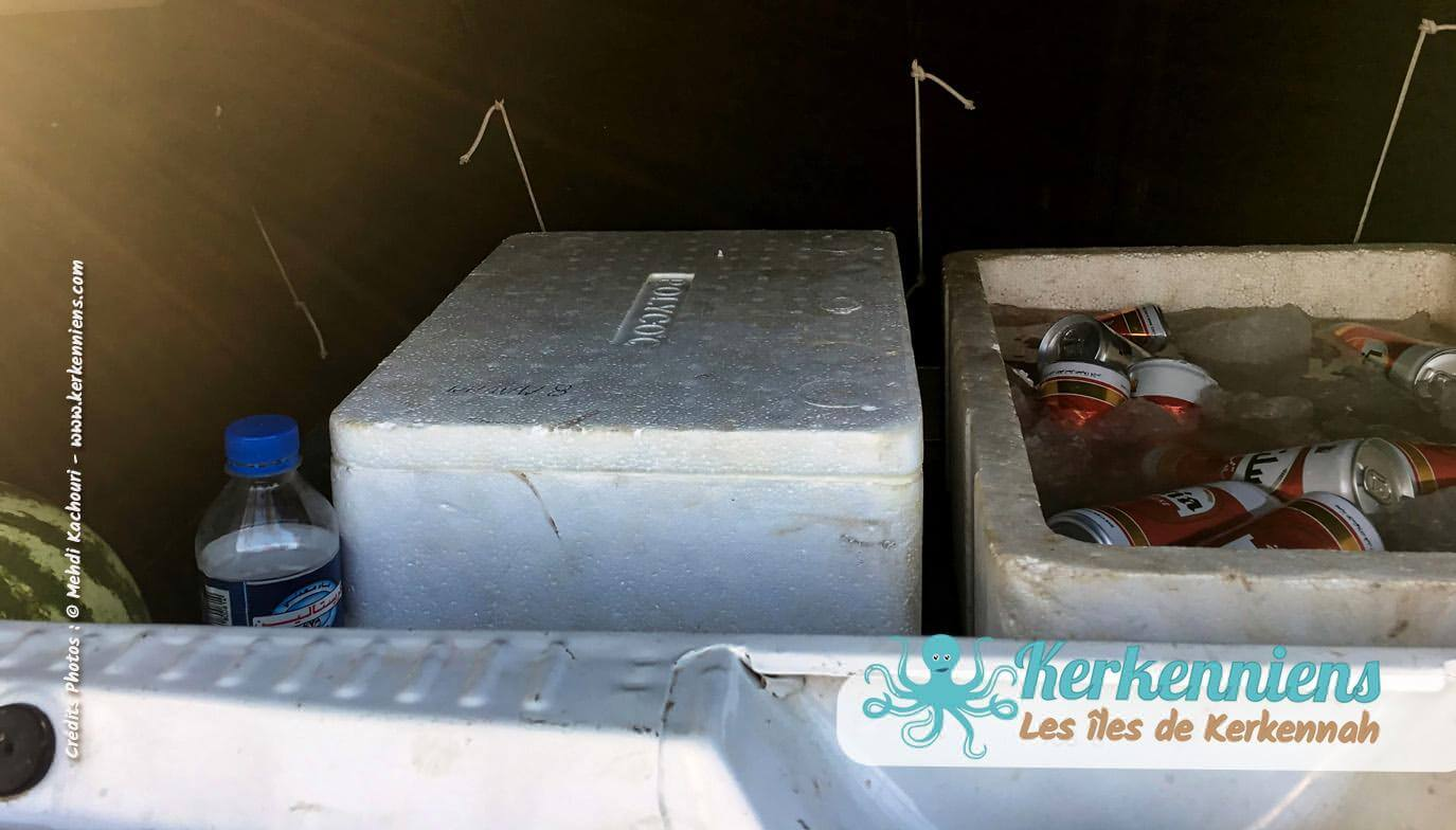Bières coffre voiture et assiettes kanoun à Sidi Fredj - Fort El hassar Kerkennah 2018