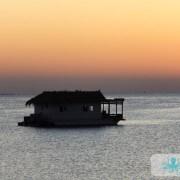 Bateau au coucher du soleil