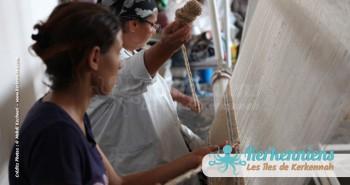 Dalila et Mahbouba à l'atelier d'Ouled Kacem Artisanat Kerkenniens Atelier Kerkenatiss Kerkennah