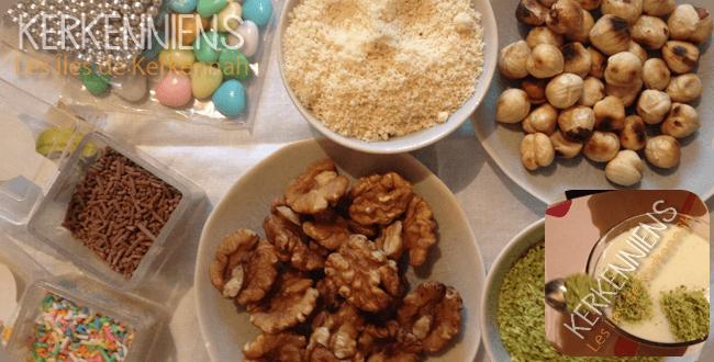 Décorer l'Assidat Zgougou (crème aux graines de pin d'alep)