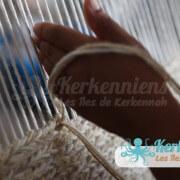 Fabrication artisanale de tapis fait main l'atelier d'Ouled Kacem Artisanat Kerkenniens Atelier Kerkenatiss