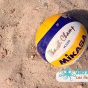 Gros plan sur le balon de  beach volley ball Kerkennah terre beach volley Kerkennah Happy Beach Volley Ball