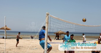 Match beach volley retour Tournoi de Beach volley Association Sports et Loisirs de Kerkennah