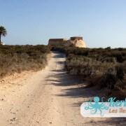 La route vers le Fort Lahsar îles de Kerkennah Tunisie Borj Lahsar Kerkennah