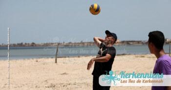 Service match beach volley ball retour Tournoi de Beach volley Association Sports et Loisirs de Kerkennah